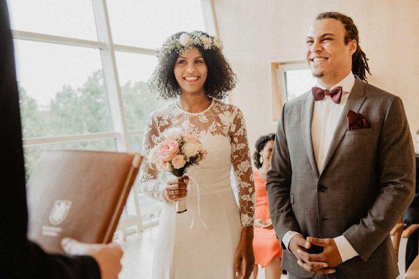 HochzeitsreportageMünchen Brautpaar Standesamt